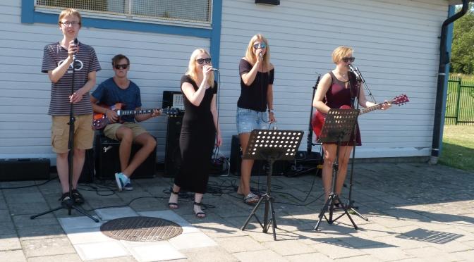 Musikaliskt sommarjobb och konsert på Drottninghögsbadet