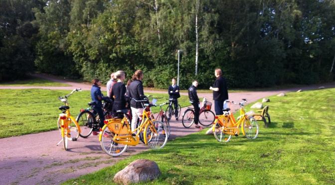 Traineer på cyklande studiebesök!