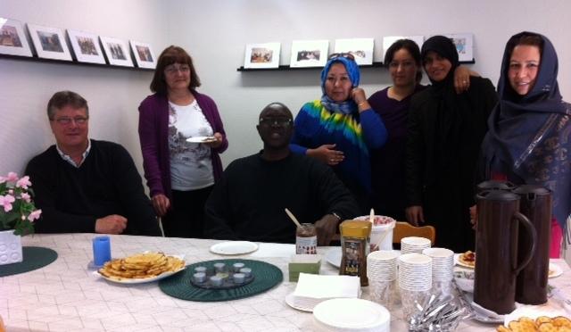 Våra Stadsdelsmammor bjuder in till Café och hjälp i vardagen