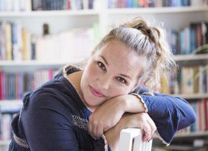 Idé A on tour: Emmy Abrahamson – Humor, feminism och galenskap