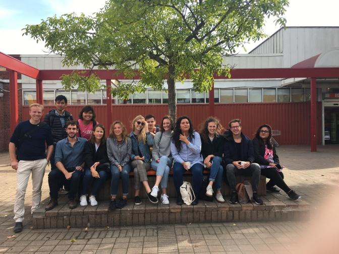En grupp studenter från Lunds universitet var på Drottninghög idag