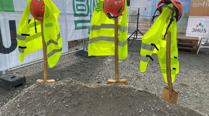 Det allra första spadtaget togs idag på byggplatsen där Spira-byggnaden byggs!